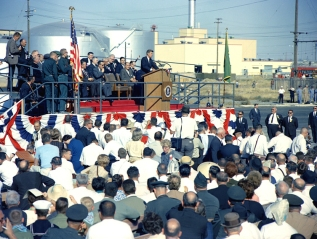 President Kennedy dedicates Hanford N Reactor, 9-23-1963, from Hanford website