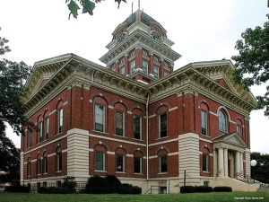 Saline County Courthouse, in Marshall, MO