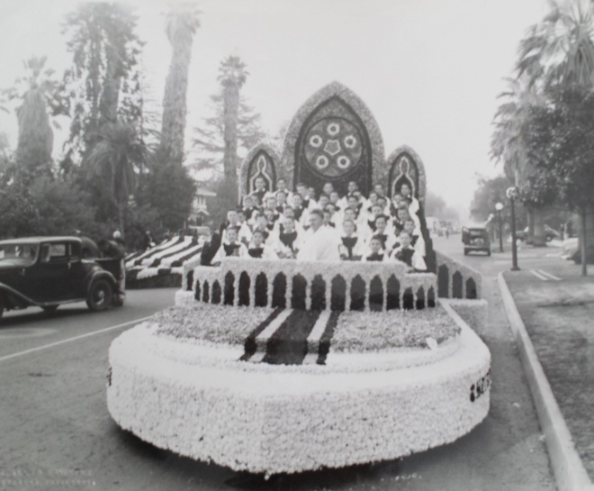 Pasadena Boys' Choir in the Rose Parade. My father is in the choir, but I'm not certain of the year.
