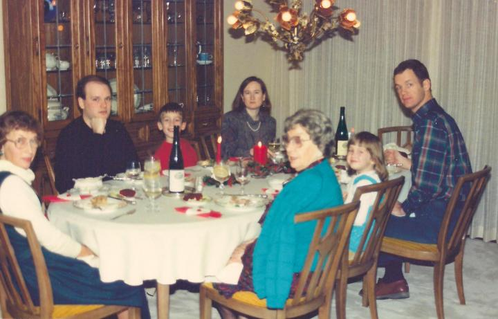 Xmas 1989 dinner cropped