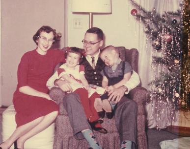 1960-1 Claudson family December 1959 or maybe 60