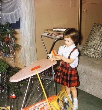 t-w-ironing-board-1958-72360158-sld-001-0022